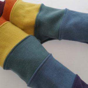 vintage-rainbow-bolds-front