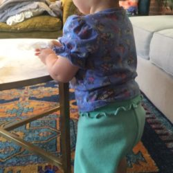 Bloomers – Wide Hips gathered to small cuffs at thighs